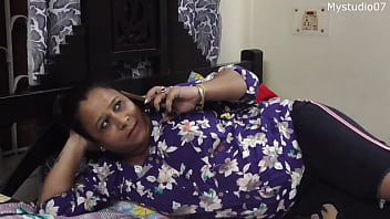 Desi sexy aunty ko shat sex .... uncle was not at home!!!