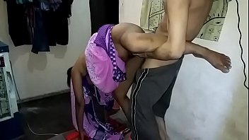 भारतीय चुदाई से पीछे खड़े