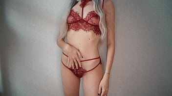 Hot russian babe in sexy lingerie gets shaking orgasm