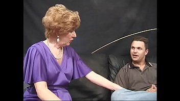 Randy granny  Diana Richards has hardcore fuck with five strong guys