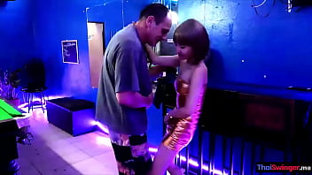 Pretty amateur asian teen gets fucked by a farang