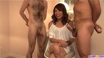 Aya Sakuraba amazes with her sloppy blowjob skills