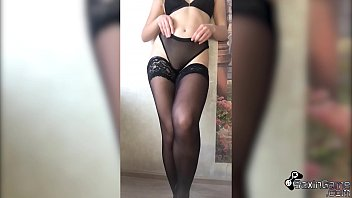 Babe Shows Sexy Legs - Foot Fetish