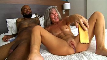 ride huge dildo anal squirt