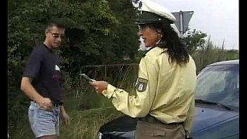 Nackt deutsche porn polizistin Polizei Porno