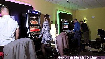 Public Sex skandal mit deutscher amateurin im Casino