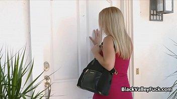 La beaute noire remporte le...