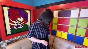 ショートヘア爆乳さんのオナニーとインタビュー。完全素人ドエロ黒髪巨乳が乱れまくります。OSAKAPORN