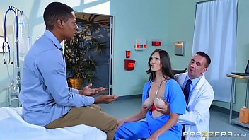 Brazzers - (Holly Michaels) - Doctor Adventures