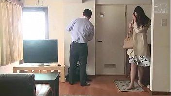Japans huisvrouw gebrek aan seks (Zie meer: bit.ly/2z8qHtQ)