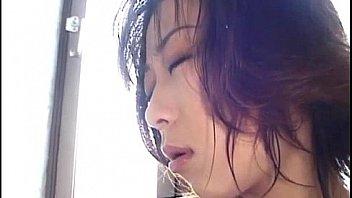 Yuka Takahashi naked fingers her love box