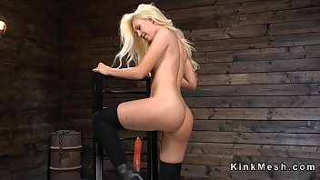 Stunning blonde solo babe rides fucking machine till ends on Sybian