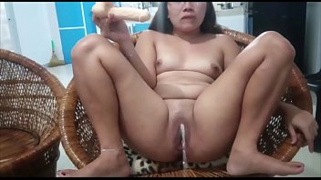 Love to Squirt While Taking My Toy in my Pussy Filipina Babe