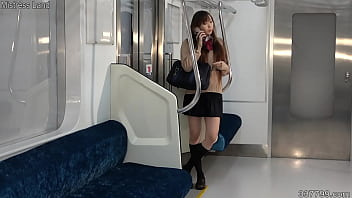 Miniskirt female student strikes back on a train