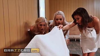 www.brazzers.xxx/gift - copy and watch full Elsa Jean video