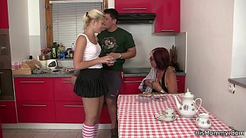 Mature mom and teen lesbian toying each other Thumbnail