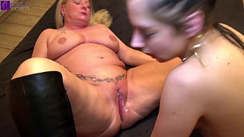 Sperm horny duo! Teeny-girl and a milf are fucked and inseminated!
