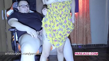I ride his dick on the chair and he cums inside me Pareja32