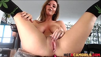 Chaturbate Teen With Big Tits Solo Masturbation Huge Squirt Alice Lighthouse
