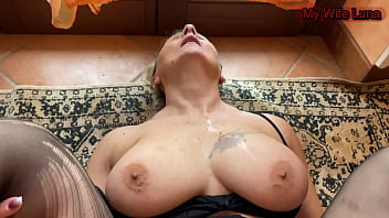 Italian slut gets her ass fucked and stuffed while she enjoys feeling impaled