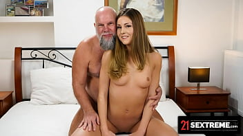 I Let The Old Man Creampie My Tight Pussy