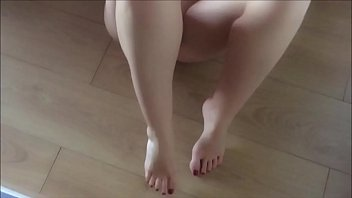 彼女の妹JSが変態親父のクンニにアヘ顔で絶頂の美少女動画