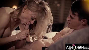 Cougar lavishes the studs cock with attention and let him pounds her milf pussy