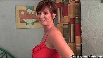 Hot British gorgeous mom