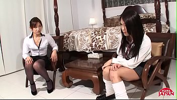 Two Sexy Japanese Babes Fuck Like Bunnies