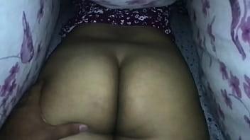 Desi Wife Jiggly Ass Play