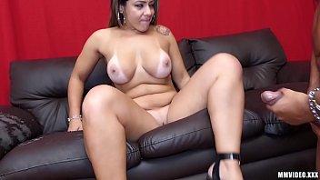 Huge Booty Milf latina