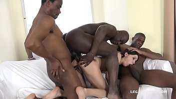 Enter Roxy Dee - The new gape girl - 1st time Blacked Experience A