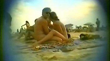 Amator stranden hustru bl?ser i...