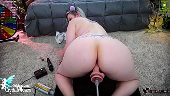 Sexy Cam Girl Gets Drilled By Fuck Machine