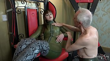 Serve and Worship Me - Hot British Mistress Masturbates in Front of Her Slave