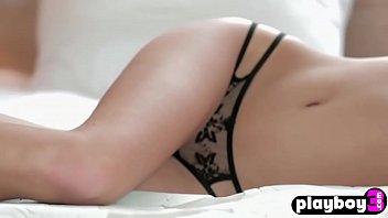 Hot tighty girls show their sensual bodies in bikinis