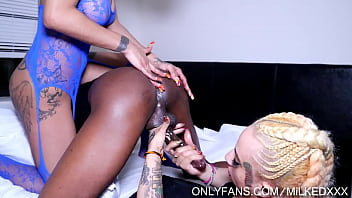 2 sluts milking the bone