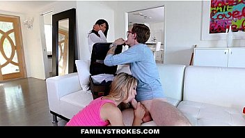 Family Strokes - Home Cumming Welcome For Stepbro (Aurora Belle)