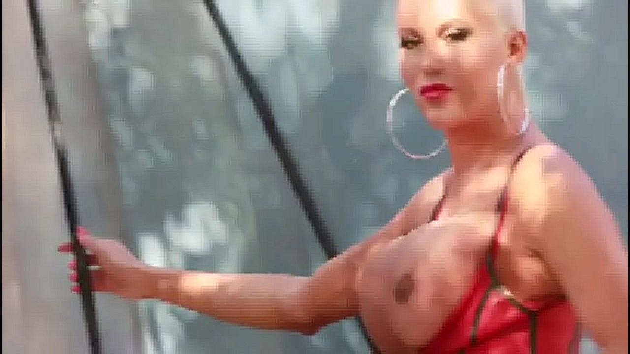 Xxl ts anna latina Online Dating