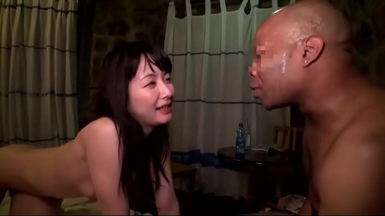 Korean Teen Fucks White Guy