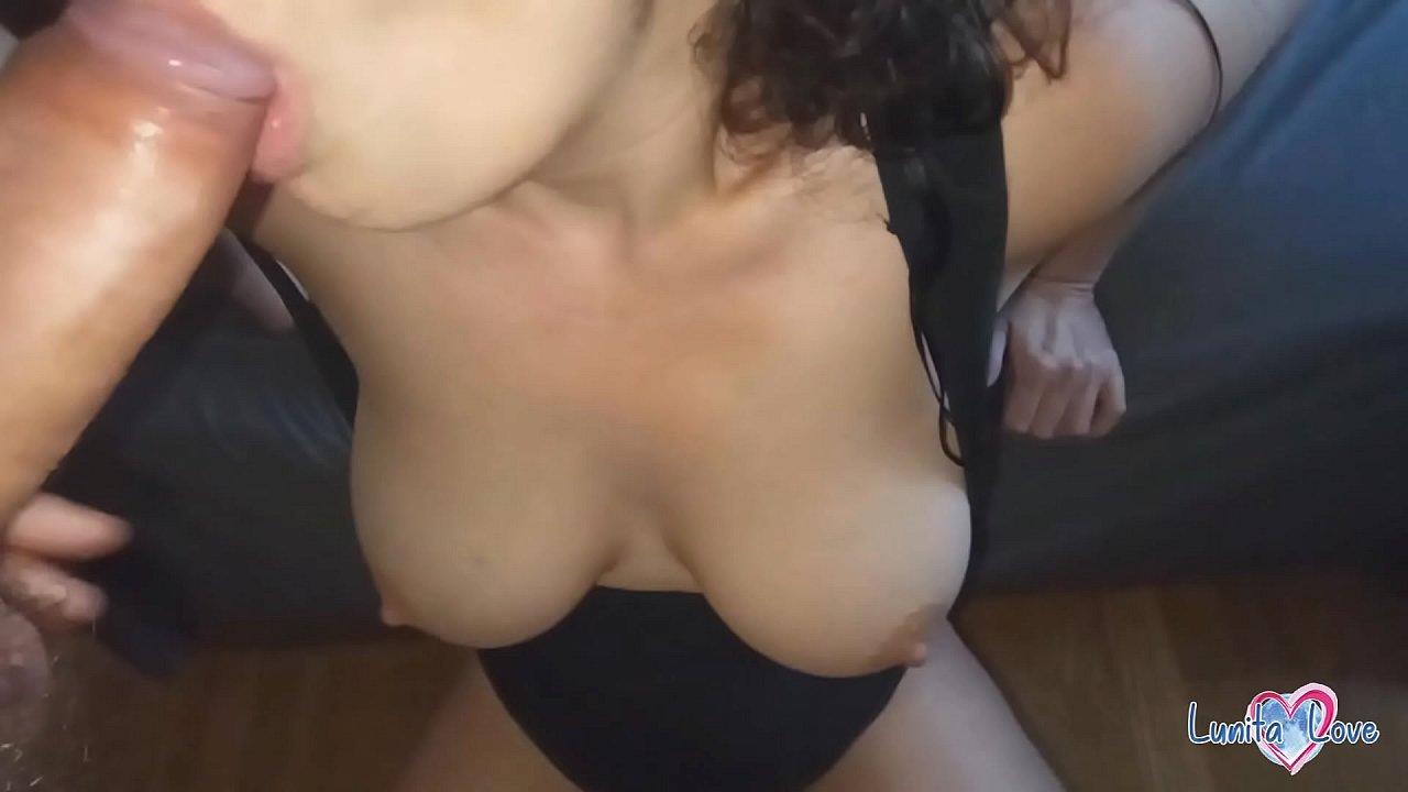 Huge Tits Webcam Blowjob
