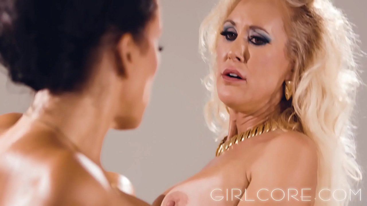 80S Latina Porn hot 80s lesbian milfs have sex in conference room - xnxx