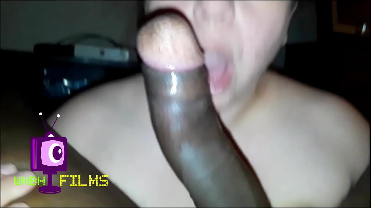 husband rubs wifes pussy