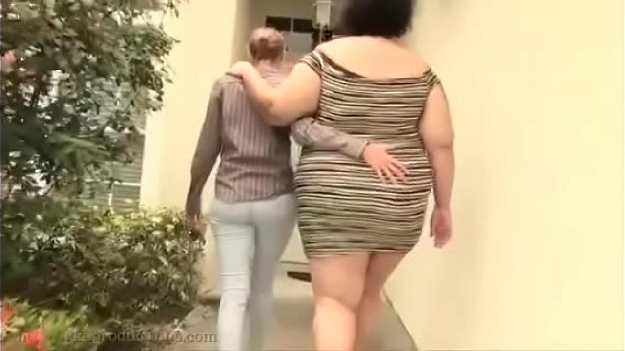 Cute Girl Naked Lesbian