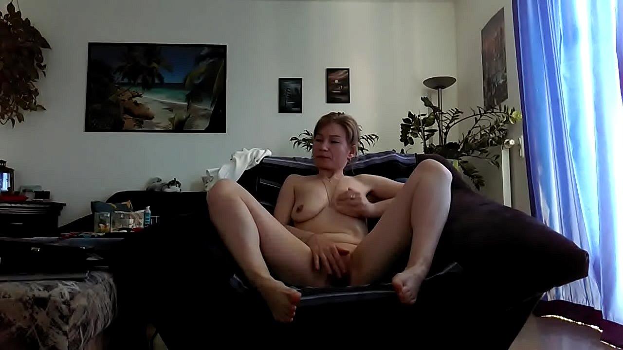She Masturbates To Orgasm