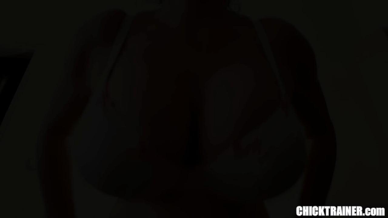 Natural Busty Blonde Big Ass