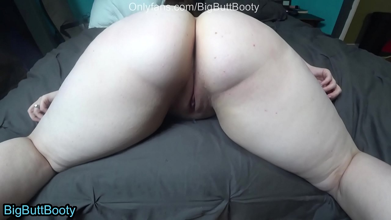 Fat Girl Giving Me Blowjob
