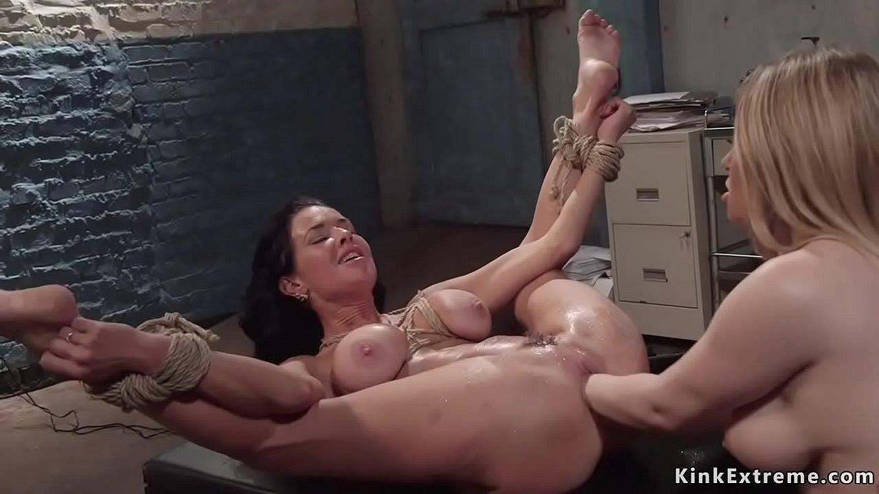 Big Ass Big Tits Bbw Lesbian