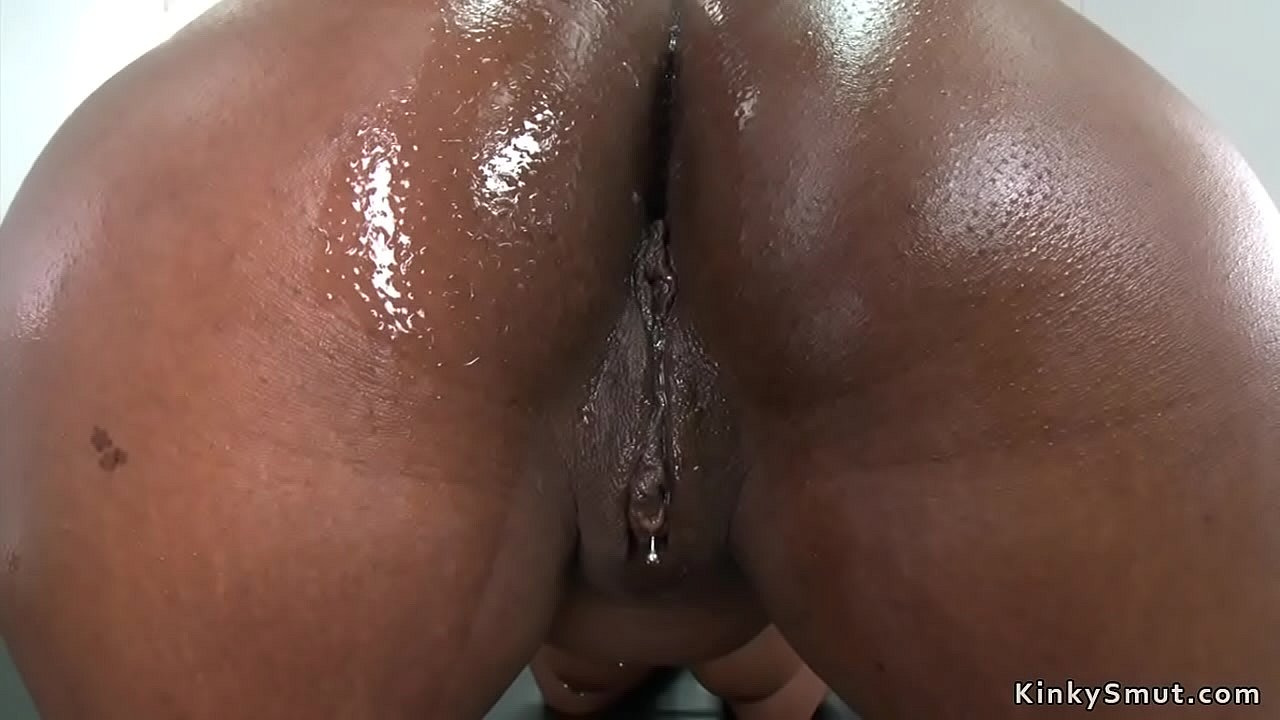 Ebony Pussy Squirt Solo