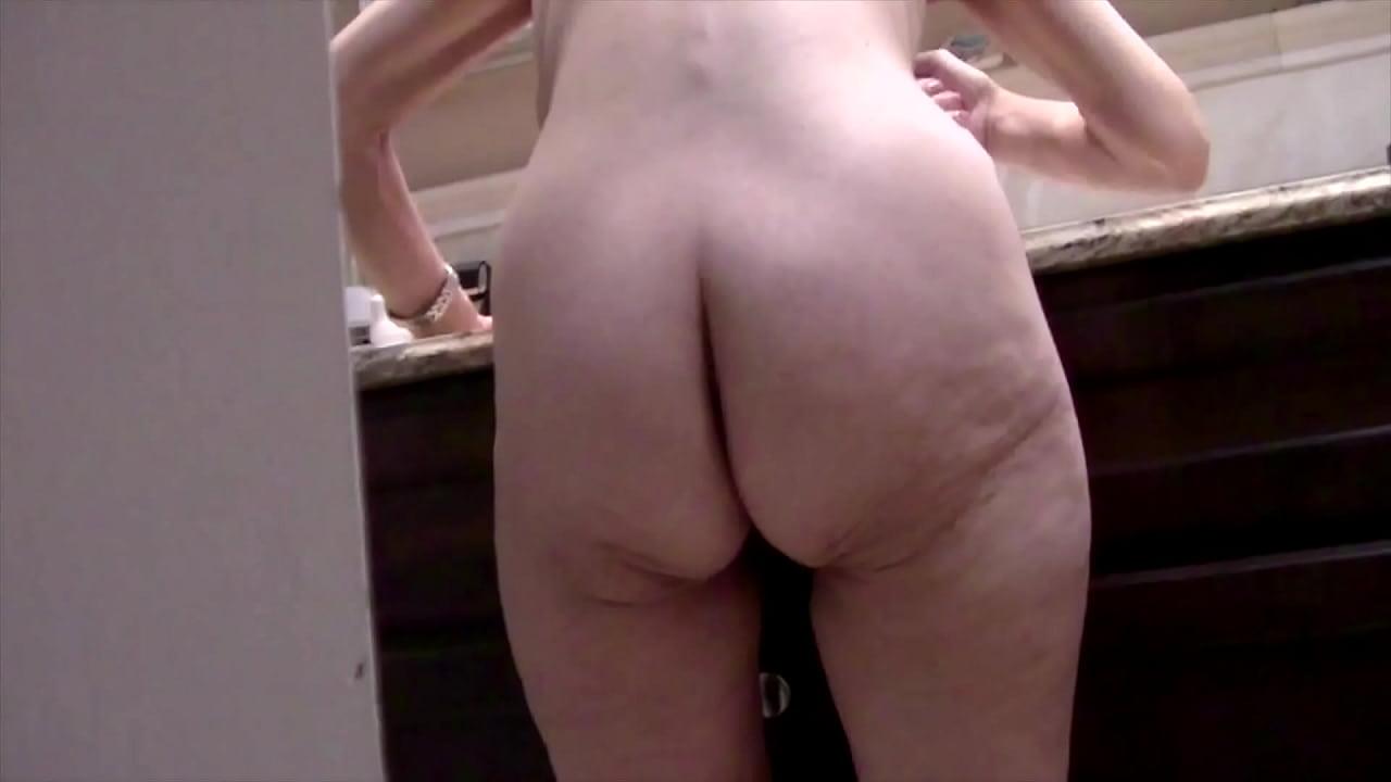 Granny naked ass